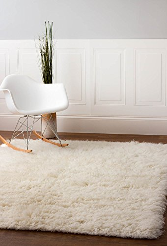 Super Area Rugs Hand-Woven Soft Wool Flokati Shag Rug 6 Feet by 9 Feet (6' X 9'), White