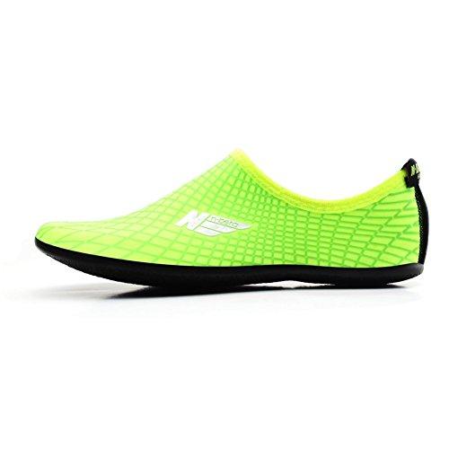 SHOESKISS Multipurpose Water Skin Shoes Adult Kids Slip On Aqua Barefoot Beach Aqua Socks Surf Pool Durable Outsole (2.XS - 2.5-3 M US Little Kid, Green)