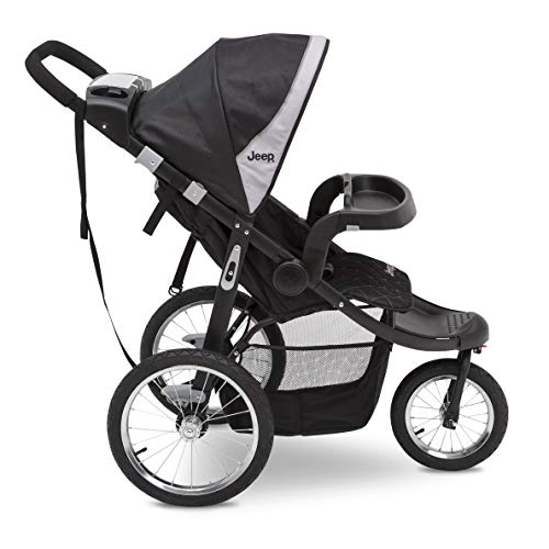 41prDvrTyCL - Jeep Deluxe Patriot Open Trails Jogger By Delta Children, Charcoal Tracks