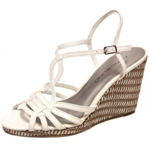 Bandolino Wedge Women's Kenelly Wedge Bandolino Sandal B00D1C1EXG Shoes 01f69b