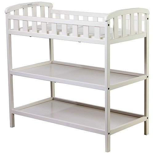 Dream on Me - Emily Changing Table - White - Nursery Room - Nursery Furniture - Traditional Design in a Solid Pine Wood Construction - 2 Shelves - Non-toxic Finish by Dream On Me