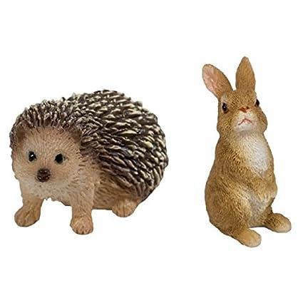 Miniature World Hedgehog Rabbit Mw004 002 By Vivid Arts