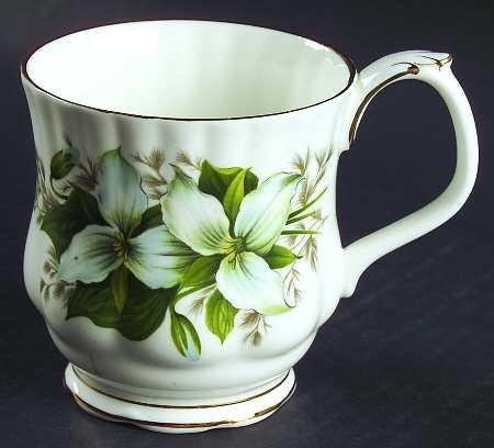 Montrose Shape - ROYAL ALBERT MONTROSE SHAPE TRILLIUM FLOWER MUG/TEA CUP.