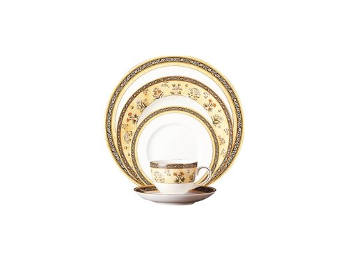 Wedgwood India 5 Piece Place Setting with Free Rim Soup