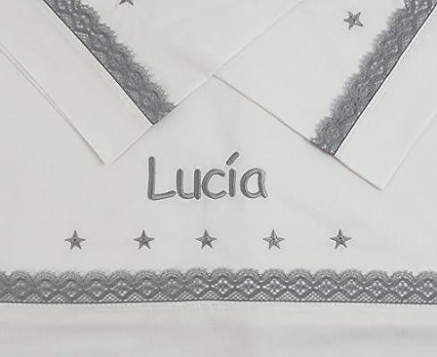 Sabanas 100% Algodón CUNA 60X120 BORDADAS CON EL NOMBRE DEL BEBÉ, con detalle de estrellas bordadas y bolillo gris - Juego de 3 piezas (bajera+encimera+funda almohada) Fabricadas en España: Amazon.es: Bebé