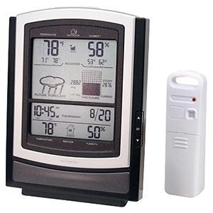 Amazoncom AcuRite Deluxe Wireless Weather Station with Atomic