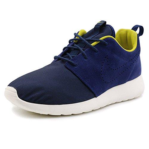 3547c4f1c272 Nike Roshe One Premium Athletic Shoes