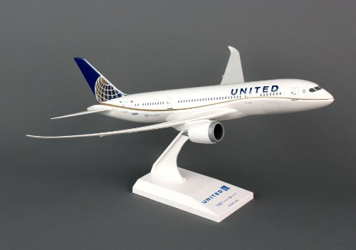 Daron Skymarks SKR709 United 787-8 Airplane Model Building Kit, 1/200-Scale