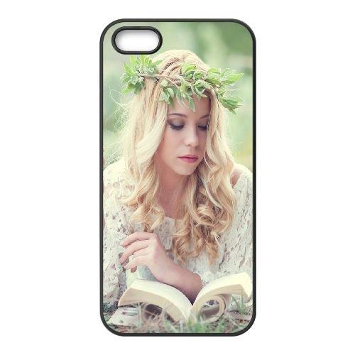 Girl Grass Book Wreath Tenderness 96997 coque iPhone 5 5S cellulaire cas coque de téléphone cas téléphone cellulaire noir couvercle EOKXLLNCD23978