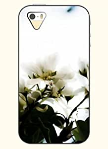 OOFIT Phone Case Design with White Flower for Apple iPhone 5 5s 5g
