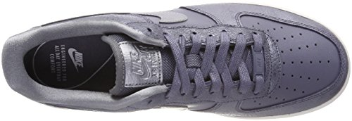 Nike Wmns Air Force 1 07 Prm, Scarpe da Ginnastica Donna Grigio (Light Carbon/Mtlc Cool Grey/Li)