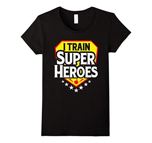 Womens I Train Super Heroes T-Shirt For Teachers XL (Super Hero Female)
