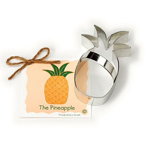 Pineapple Cookie and Fondant Cutter - Ann Clark - 4.6 Inches - US Tin Plated Steel]()