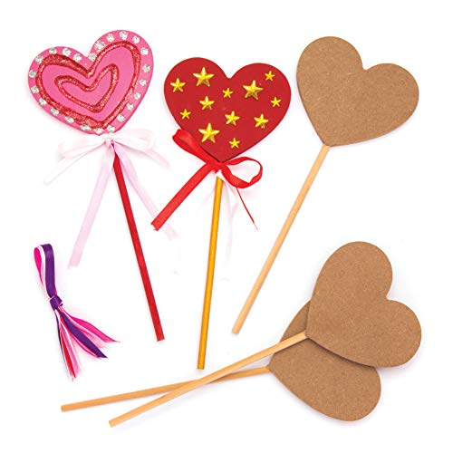 Baker Ross Heart Wooden Magic Wands (Pack of 6) for Kids to Decorate, Personalize and Use for Dressing Up