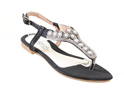 Jewel Thong (Fourever Funky Rhinestone Jewel Embellished Elegant Flat Thong Sandals - S7939, Black, 7)