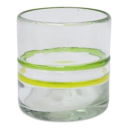 Vaso, amarillo/verde, soplado a mano a partir de vidrio reciclado – disponible