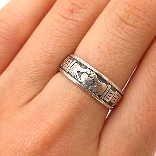 925 Sterling Silver Peter Stone Irish Claddagh Design Band Ring Size 7 1/4 Jewelry by Wholesale Charms ()