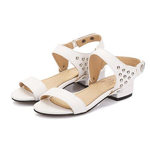 AllhqFashion Womens Open Toe Buckle PU Solid Low-heels Sandals White xATfII