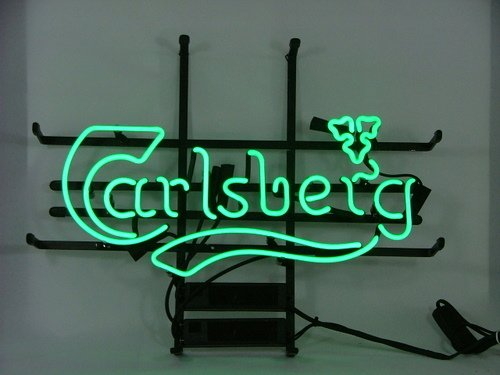 mint-green-carlsberg-beer-bar-pub