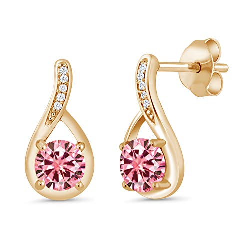 Gem Stone King 18K Yellow Gold Plated Silver Dangle Earrings Round Pink Created Moissanite and Diamond White 1.00ct (DEW) ()