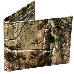 53eb308f1699 Realtree Bifold Camouflage Wallet Made From High Quality Leather