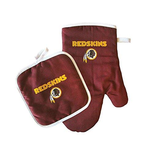(NFL Team Logo Kitchen Home Outdoor Washington Redskins Oven Mitt and Pot Holder Size: ONE Model: 637-NFL-WA-RD-OV-MT-HL (Home & Kitchen) )