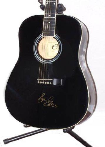 (George Strait Authentic Signed Autographed Guitar COA)