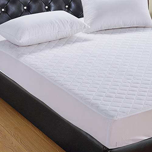SPINOVO Waterproof Quilted Fitted Mattress Protector – Hypoallergenic and Antibacterial Bedding Mattress Pad Cover for Liquid Spills/Bed Bugs/Dust Mite, Machine Washable & Vinyl Free & 18″ Deep