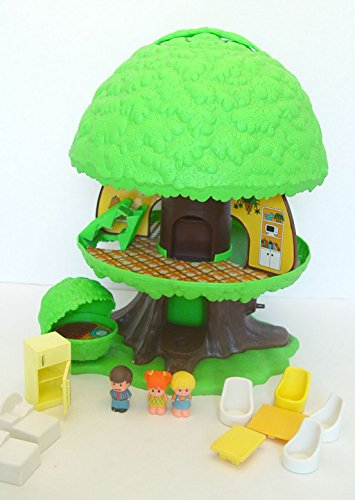 (Vintage 1975 Kenner Tree Tots Treehouse with Accessories)