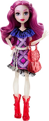 Monster-High-Mueca-fashion-Ari-Hauntington-Mattel-DPL86