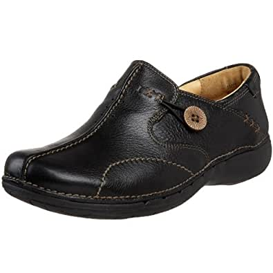 Clarks Unstructured Women's Un.Loop Slip-On,Black Leather,5 M US