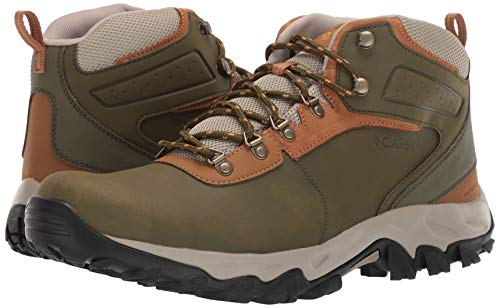 Columbia Men's Newton Ridge Plus II Waterproof Ankle Boot Silver sage, Dark Banana 7 Regular US by Columbia (Image #5)