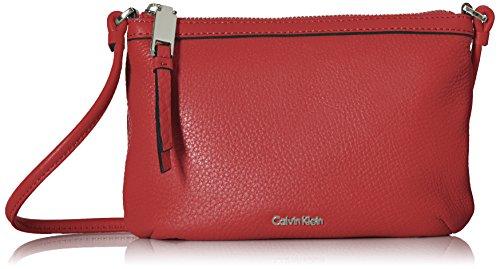 Calvin Klein Small Pebble 女士斜挎包