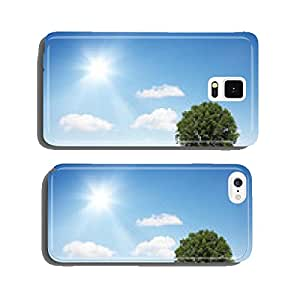 Beautiful tree on a hill cell phone cover case Samsung S5