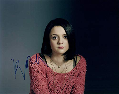 Kathryn Prescott Signed Autographed 8x10 Photo FINDING CARTER Skins Actress COA