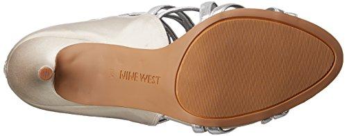 Nine West Mujer YOLO satinado sandalia de tacón Plateado/Plateado