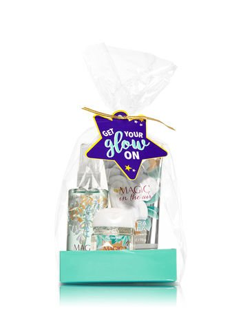 Bath & Body Works MAGIC IN THE AIR Get Your Glow On Gift Set - Ultra Shea Body Cream (2.5 oz) - Fine Fragrance Mist (3 fl oz) and Small Hand Sanitizer