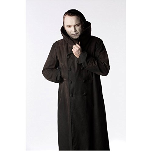 Penny Dreadful (2014 - ) 8 Inch x10 Inch Photo Rory Kinnear Holding Coat Together at Neck kn