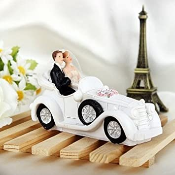 Amazon.com: Bride & Groom Sitting In The Wedding Car Cake Topper ...