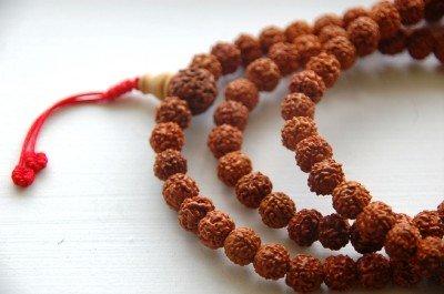 Rudraksha Mala 108 Beads for Meditation (White Jade Gold Bangles)