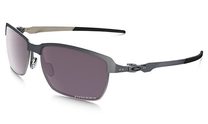 f5f8304af1c Amazon.com  Oakley Men s Tinfoil OO4083-09 Polarized Rectangular ...