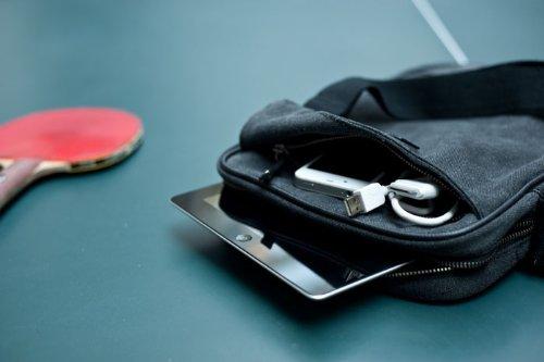 UPPSALATABLETNOIR pour Sacoche Tablette Noir Krusell Noir 12'' nBOSOx