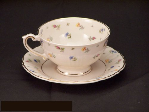 Syracuse Suzanne Cups & Saucers