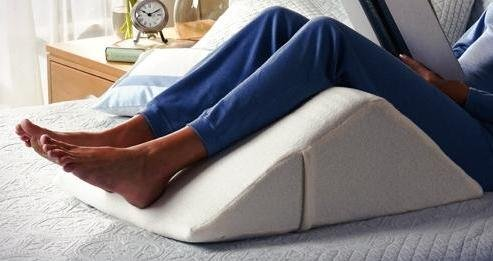 10 Best Wedge Pillow For Leg Elevation And Knee Support 2019