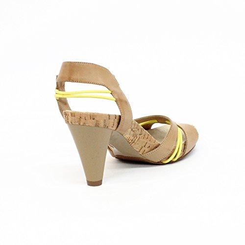 Juicy Couture para dedo del pie abierto en el talón y pedrería para mujer. Estándar del Reino Unido 3,5, de £130 Amarillo - amarillo