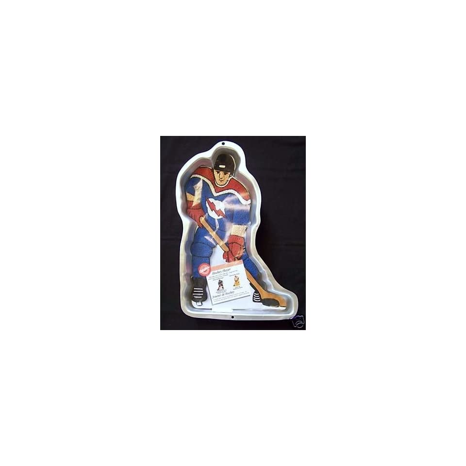 Wilton Cake Pan Hockey Player (2105 724, 1998)