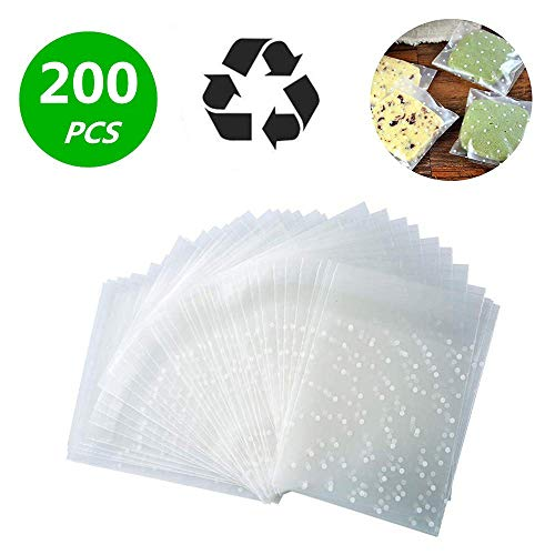 (Self Adhesive Treat Bag Cellophane Treat Bags Self-adhesive Sealing Treat Bags White Polka Dot Treat Bags OPP Plastic Bag for Bakery, Candy, Soap, Cookie (3.2 x 4 inches, 200 pcs) )