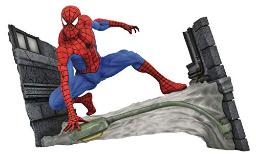 DIAMOND SELECT TOYS Marvel Comic Gallery: The Spectacular Spider-Man Webbing Diorama PVC Figure
