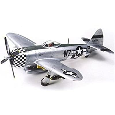 Tamiya 61090 1/48 P-47D Thunderbolt Bubbletop Plastic Model Airplane Kit: Toys & Games