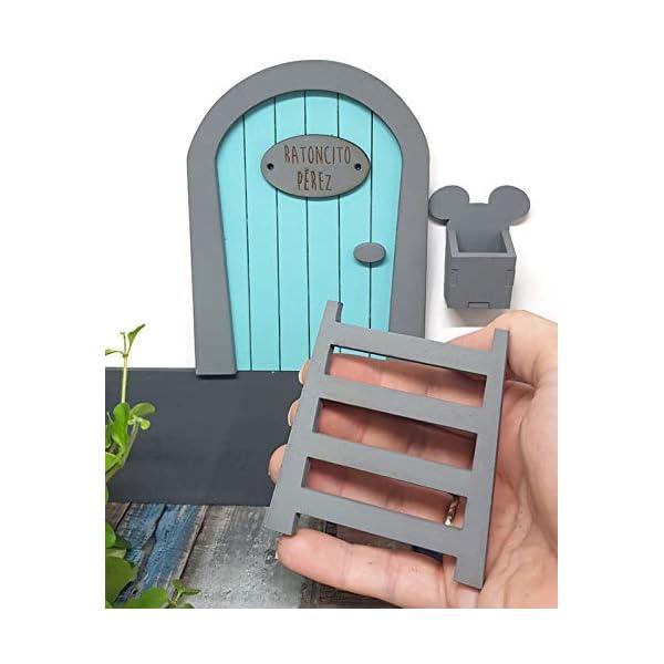 Puerta Ratoncito Pérez azul de madera,con escalera,buzón y certificado. Producto artesanal hecho en España 8